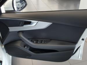Audi A4 2.0T FSI Sport Stronic - Image 3