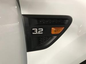 Ford Ranger 3.2TDCi XLS 4X4 automaticSUP/CAB - Image 7