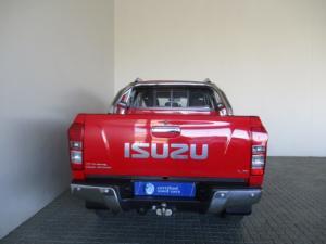 Isuzu KB 300 D-TEQ LX automaticD/C - Image 18