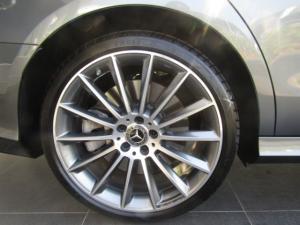 Mercedes-Benz E 400 - Image 11