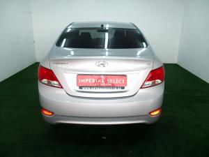 Hyundai Accent 1.6 GLS/FLUID automatic - Image 6