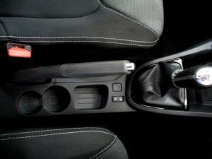 Renault Clio IV 900T Blaze LTD Edition 5-Door - Image 21