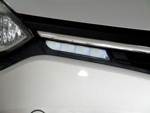 Renault Clio IV 900T Blaze LTD Edition 5-Door - Image 24