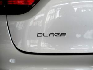 Renault Clio IV 900T Blaze LTD Edition 5-Door - Image 27