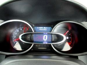 Renault Clio IV 900T Blaze LTD Edition 5-Door - Image 9