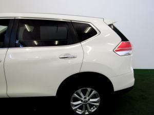 Nissan X Trail 2.0 XE - Image 12