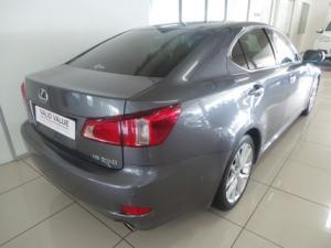 Lexus IS 250 automatic - Image 4