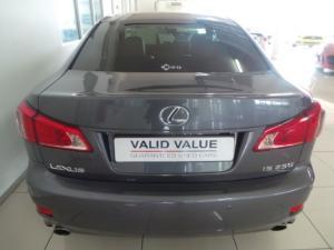 Lexus IS 250 automatic - Image 5