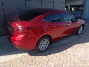 Mazda MAZDA3 1.6 Dynamic automatic - Image 3