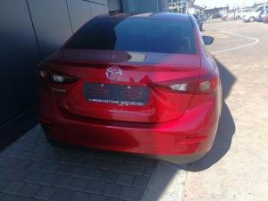 Mazda MAZDA3 1.6 Dynamic automatic - Image 6
