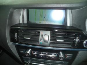 BMW X4 xDrive20d - Image 10