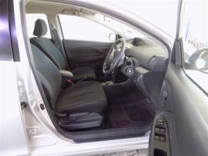 Toyota Yaris sedan 1.3 Zen3 Plus auto - Image 4