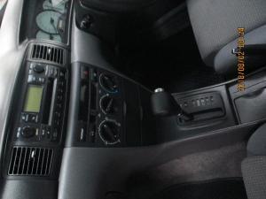 Toyota Corolla 160i GLE automatic - Image 9