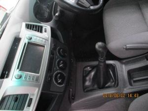 Toyota Hilux 3.0D-4D Xtra cab Raider - Image 7