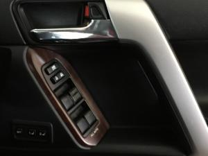 Toyota Land Cruiser Prado 3.0DT VX - Image 12