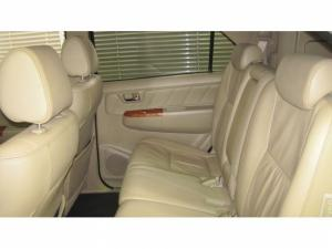 Toyota Fortuner 3.0D-4D Raised Body automatic - Image 11