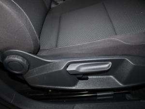Volkswagen Golf VII 1.0 TSI Trendline - Image 16