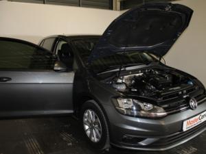 Volkswagen Golf VII 1.0 TSI Trendline - Image 21