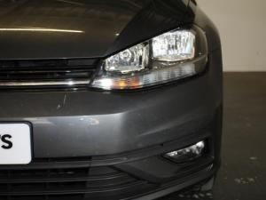 Volkswagen Golf VII 1.0 TSI Trendline - Image 23
