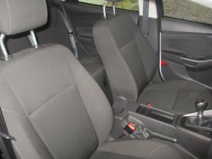 Ford Focus 1.0 Ecoboost Ambiente - Image 25