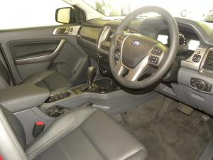 Ford Everest 3.2 TdciXLT automatic - Image 4