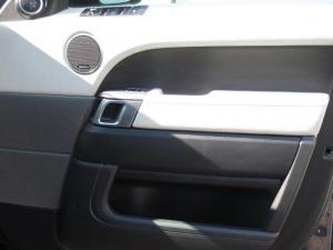 Land Rover Range Rover Sport 3.0 SDV6 HSE - Image 9
