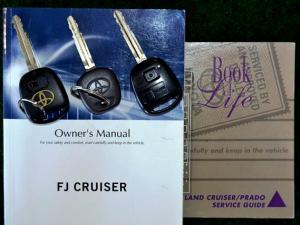 Toyota L/CRUISER FJ 4.0 V6 Sport Cruiser - Image 17
