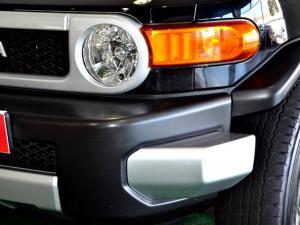 Toyota L/CRUISER FJ 4.0 V6 Sport Cruiser - Image 19