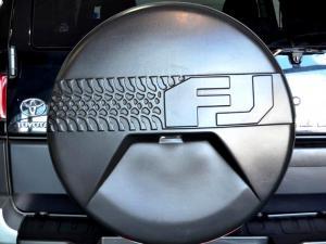 Toyota L/CRUISER FJ 4.0 V6 Sport Cruiser - Image 33