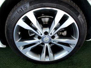 Mercedes-Benz C250 Avantgarde automatic - Image 25