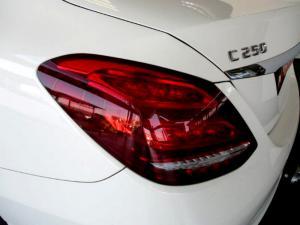 Mercedes-Benz C250 Avantgarde automatic - Image 27
