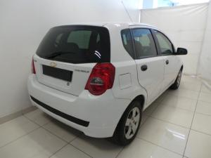 Chevrolet Aveo 1.6 L hatch - Image 4