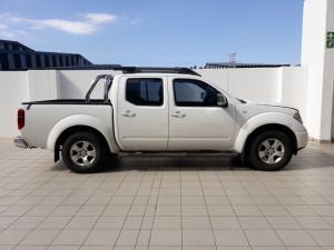 Nissan Navara 2.5dCi double cab SE - Image 2