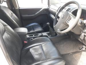 Nissan Navara 2.5dCi double cab SE - Image 7