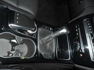 Mercedes-Benz C-Class C180 Avantgarde - Image 8