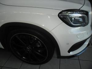 Mercedes-Benz GLA GLA45 AMG 4Matic - Image 3