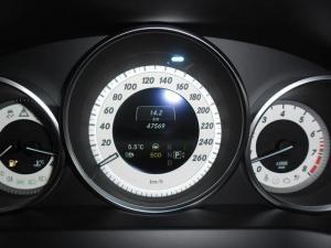 Mercedes-Benz E-Class E400 coupe - Image 8
