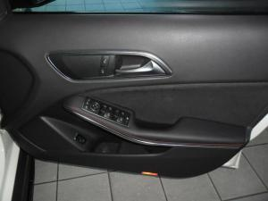 Mercedes-Benz GLA GLA250 4Matic Style - Image 5