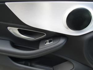 Mercedes-Benz C200 Coupe automatic - Image 13