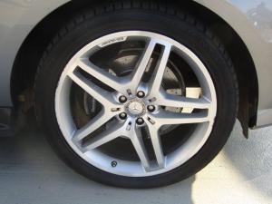 Mercedes-Benz ML 350 Bluetec - Image 11