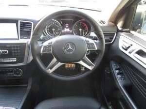 Mercedes-Benz ML 350 Bluetec - Image 12
