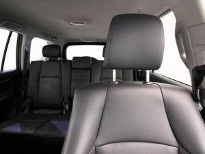 Toyota Prado VX 4.0 V6 automatic - Image 9