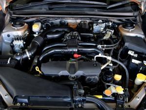 Subaru XV 2.0 - Image 10