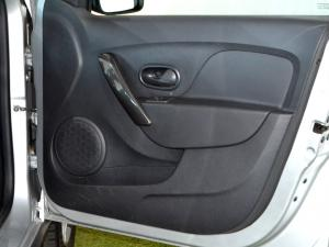 Renault Sandero 900T Stepway Expression - Image 21