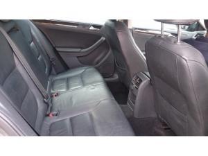 Volkswagen Jetta 1.4TSI Comfortline auto - Image 2