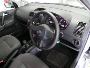 Volkswagen Polo Vivo sedan 1.4 Trendline - Image 7