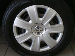 Volkswagen Polo Vivo sedan 1.4 Trendline - Image 9