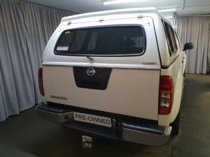 Nissan Navara 2.5dCi double cab 4x4 LE auto - Image 4