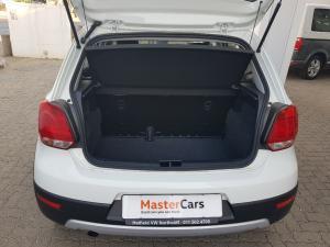 Volkswagen Polo Vivo 1.6 Maxx - Image 2