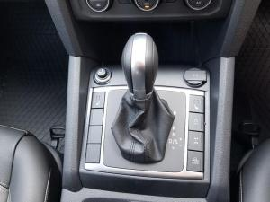 Volkswagen Amarok 3.0 TDi H-LINE 4MOT automatic D/C - Image 7
